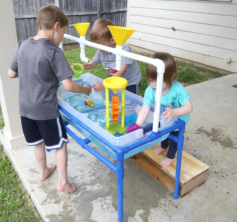 PVC Pipe Sand Or Water Table